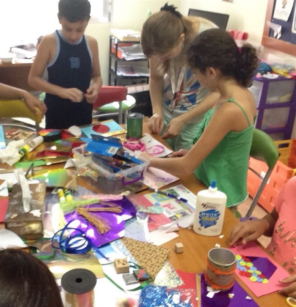 At the SKILD center, children learn and have fun through methods that are customized to their unique needs.